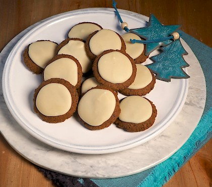 Gingerbread Cookies with White Chocolate Icing